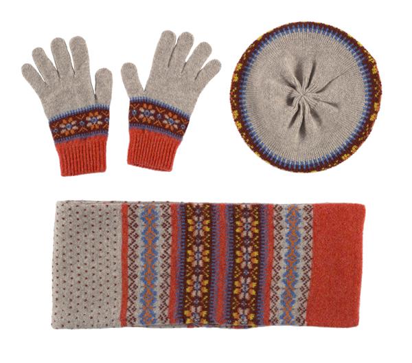 100% pure new wool Islay pattern amber Green Grove gloves