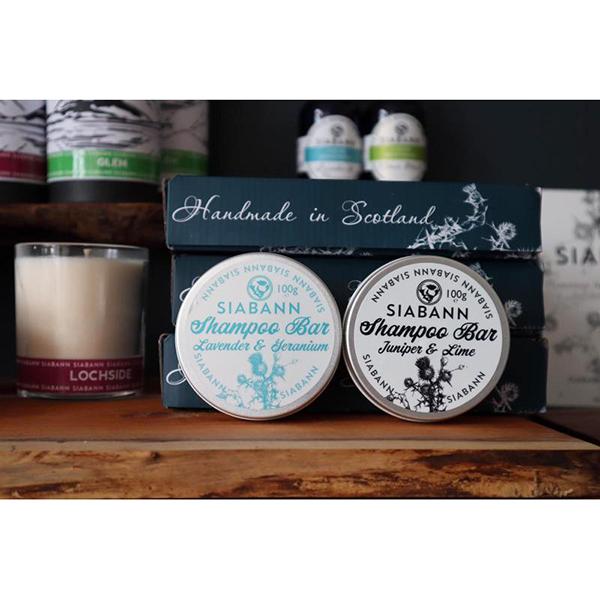 Lavender and geranium shampoo bar tin