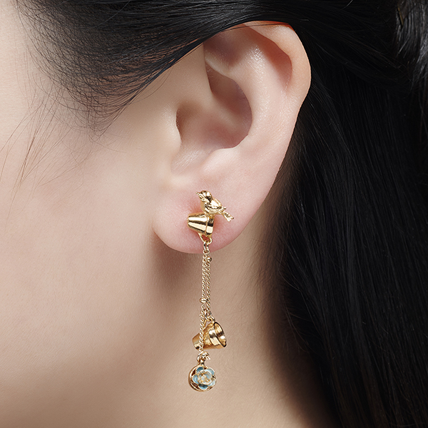 Potting shed planter pots gold plated drop earrings