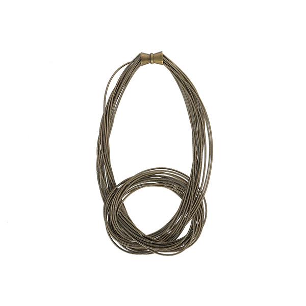 Helayna gold short necklace