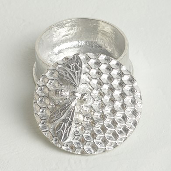Pewter hand-crafted bee trinket box