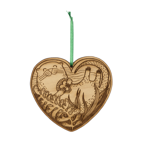 Otterly in love wooden decoration