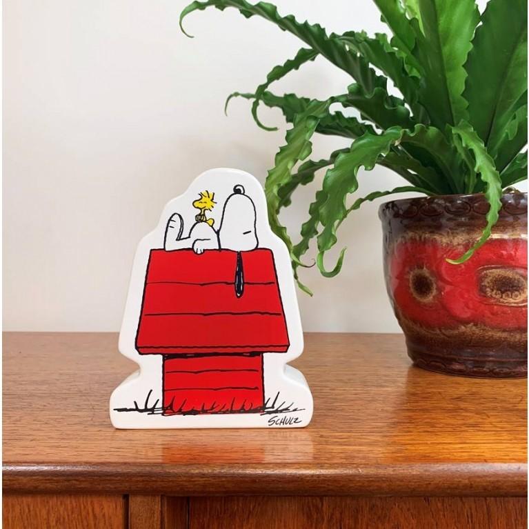 Snoopy house small china money box