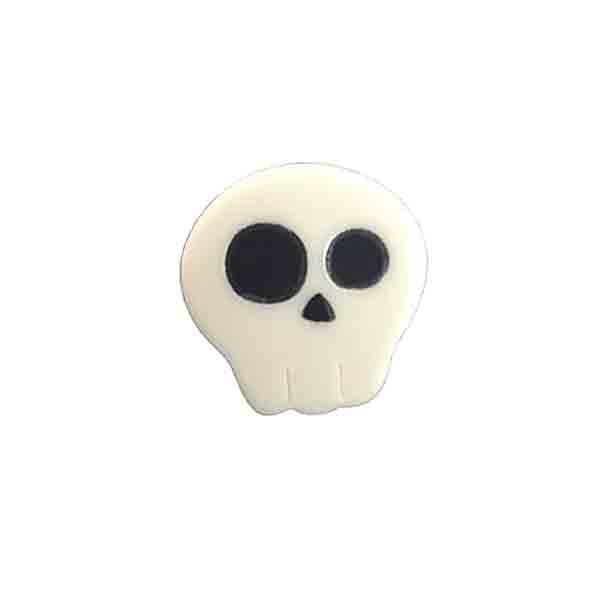 Skull resin brooch