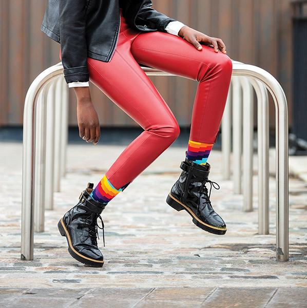 Ripple colourful unisex cotton socks (size 7.5-11.5)