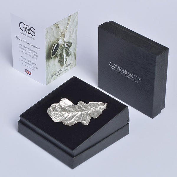 Silver pewter oak leaf handmade brooch