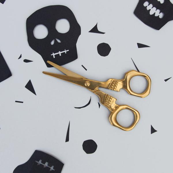 All-purpose stainless steel skull scissors