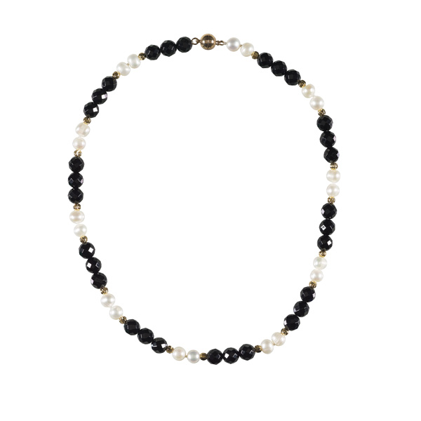 White pearl, onyx and brass bead necklace