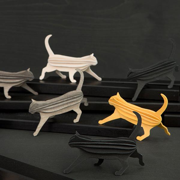 Warm yellow cat wooden flat pack construction kit (12cm)