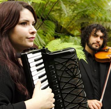 Live Music Now: Armonia Duo