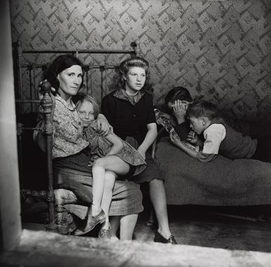 Edith Tudor-Hart | In the Shadow of Tyranny