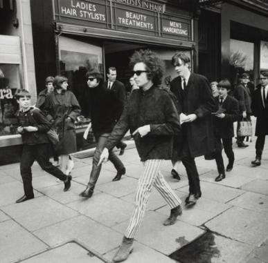 Gallery Social Online: Rock Stars: Music, Fashion and Dance