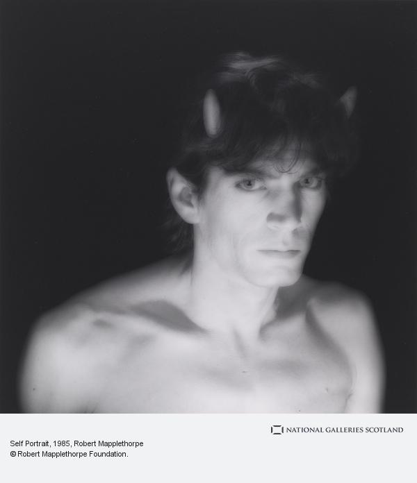 Robert Mapplethorpe, Self Portrait