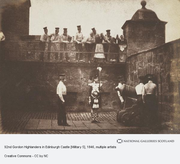 David Octavius Hill, 92nd Gordon Highlanders in Edinburgh Castle [Military 5]