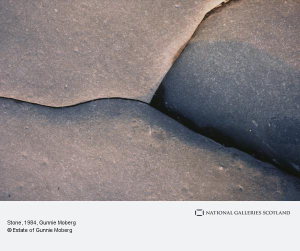 Gunnie Moberg, Stone