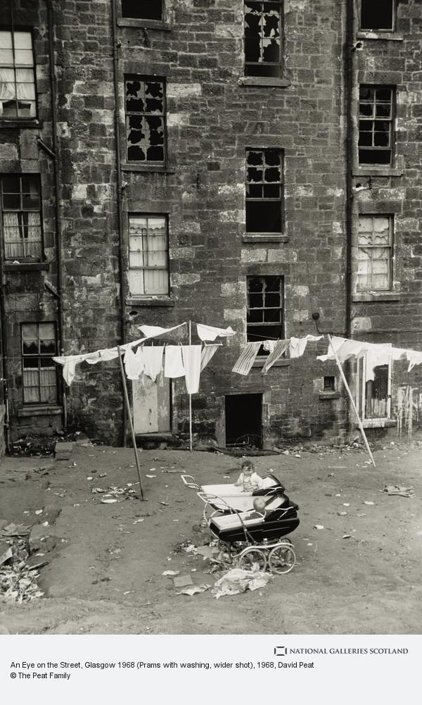 David Peat, An Eye on the Street, Glasgow 1968 (Prams with washing, wider shot)