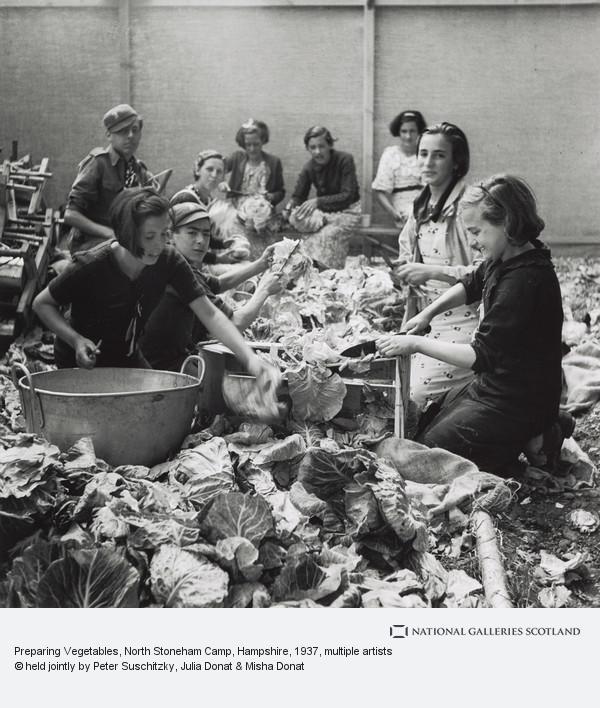 Edith Tudor-Hart, Preparing Vegetables, North Stoneham Camp, Hampshire