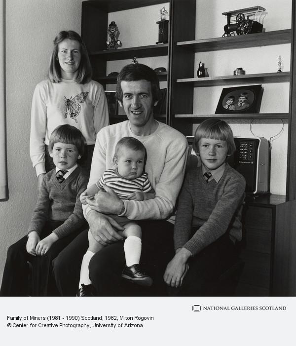 Milton Rogovin, Family of Miners (1981 - 1990) Scotland