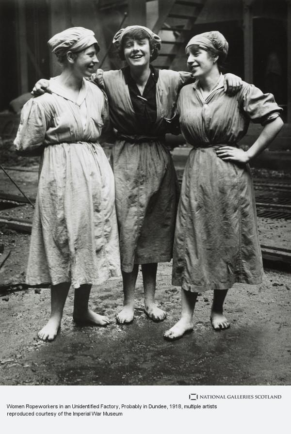 George P. Lewis, Women Ropeworkers in an Unidentified Factory, Probably in Dundee