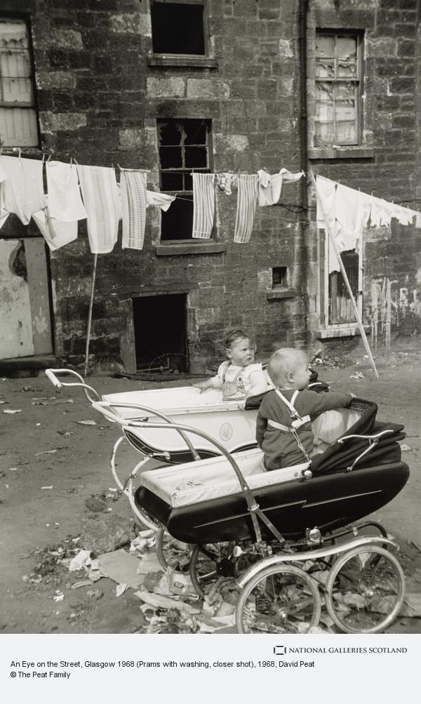 David Peat, An Eye on the Street, Glasgow 1968 (Prams with washing, closer shot)