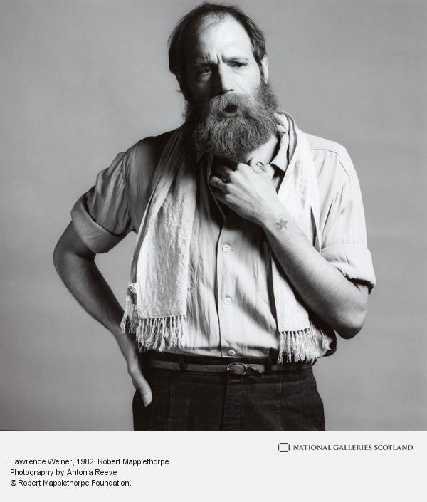 Robert Mapplethorpe, Lawrence Weiner (1982)