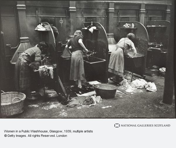Humphrey Spender, Women in a Public Washhouse, Glasgow (1939 (prints made 1986))