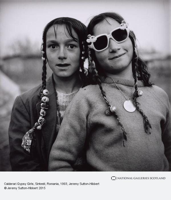 Jeremy Sutton-Hibbert, Calderari Gypsy Girls, Sintesti, Romania