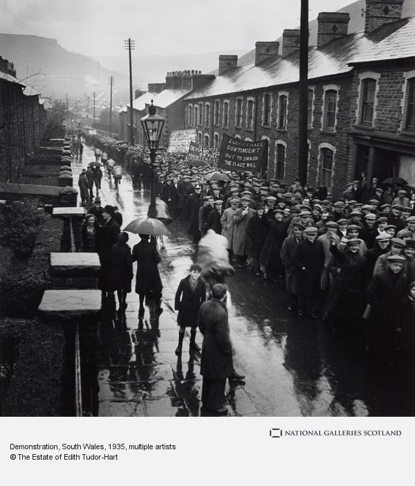 Edith Tudor-Hart, Demonstration, South Wales (1935 (negative))