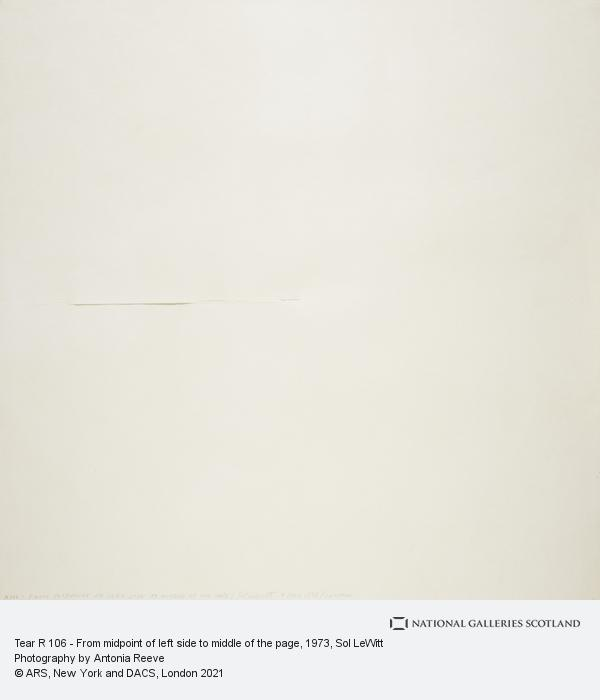 Sol LeWitt, Tear R 106 - From midpoint of left side to middle of the page