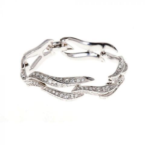 Swarovski Crystal flaming heart bracelet