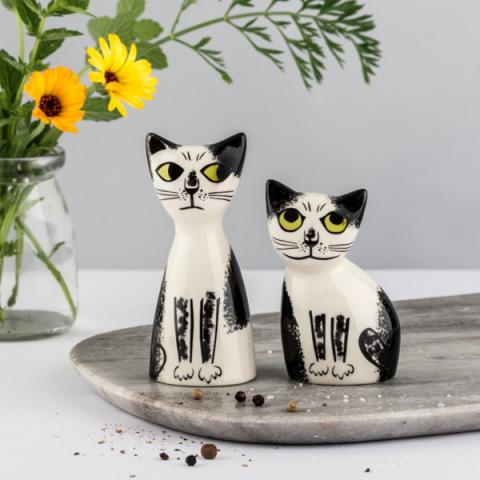 Black and white cat ceramic salt and pepper shaker set