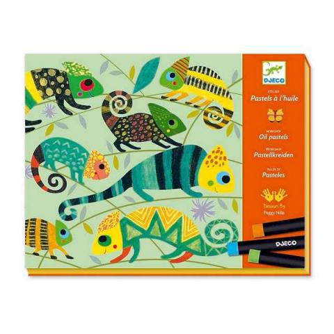 Coloured jungle oil pastels art set