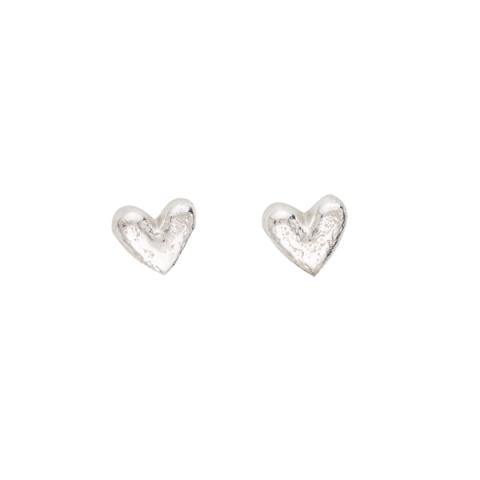 Heart shaped semi-polished silver stud earrings