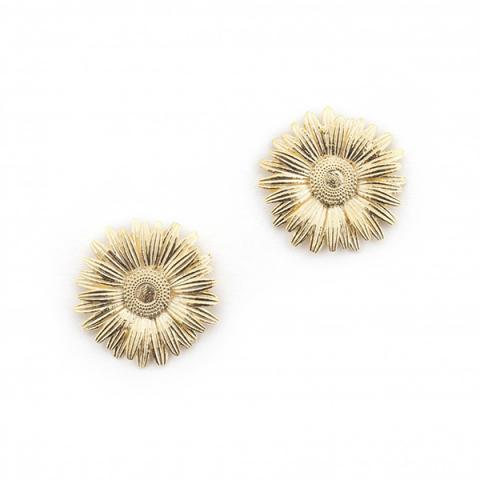 Large daisy stud earrings