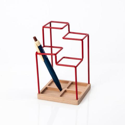 Red desk tidy