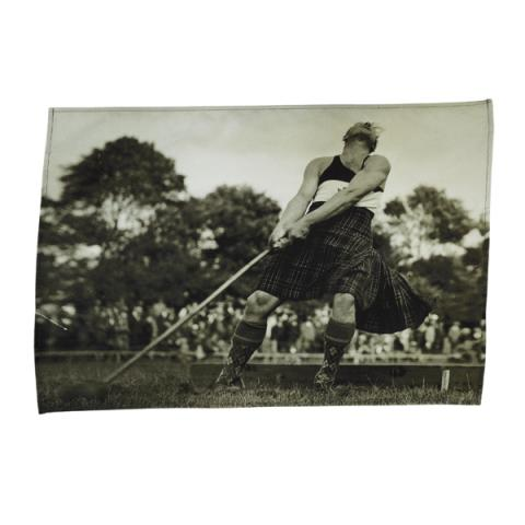 Winning hammer throw tea towel