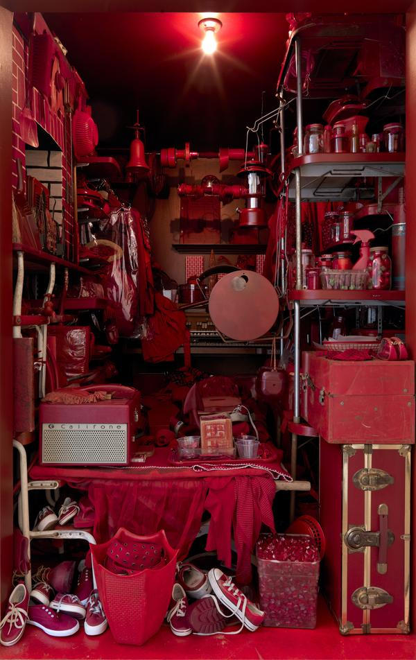 RED ROOM (2000-2007)