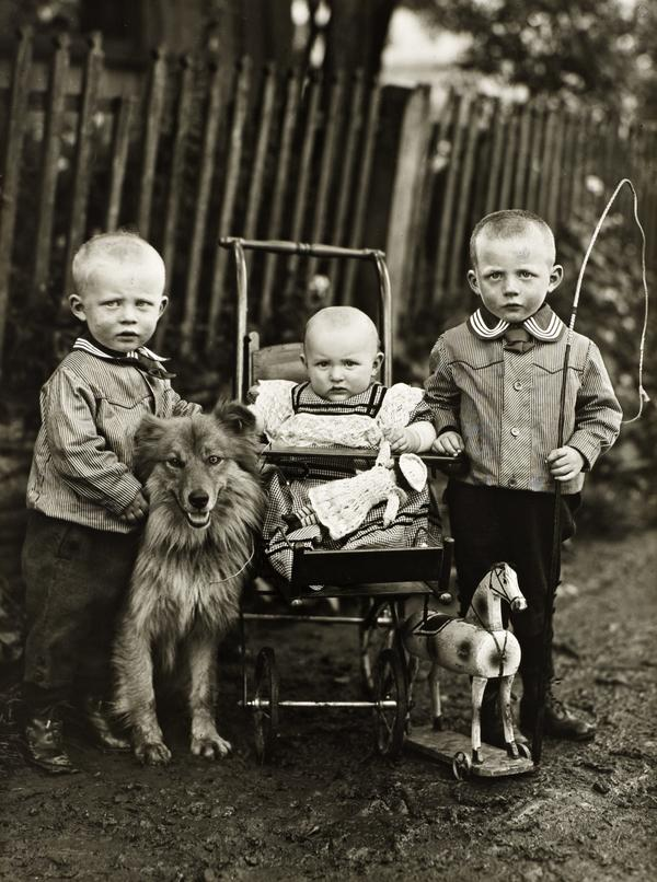 Farm Children, c. 1913 (about 1913)