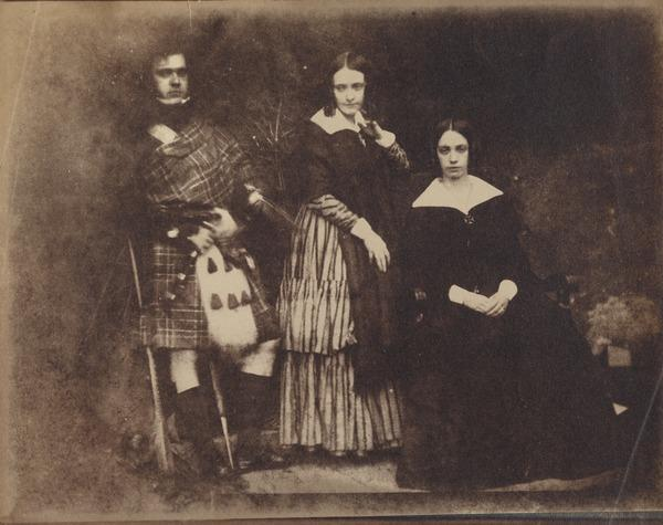 Dr George Bell and two unknown women [Group 34] (1843 - 1847)