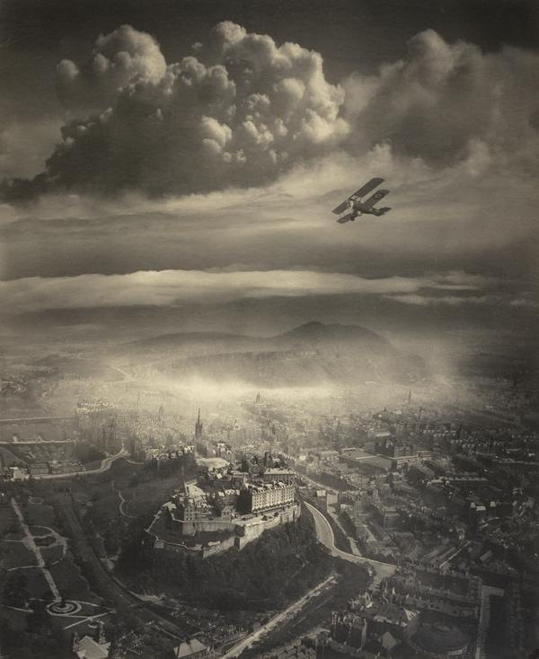 Aerial view of Edinburgh (About 1920)
