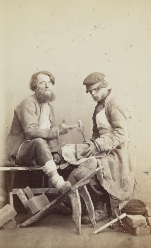 Two brickmakers (or bricklayers)