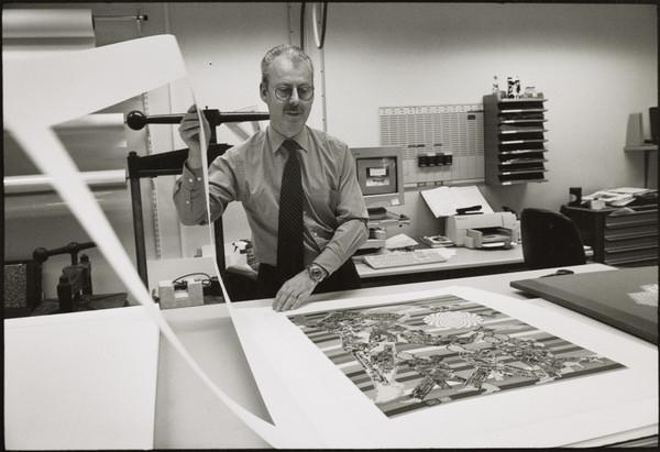 James Berry, Senior Conservator, Conservation Department, Scottish National Gallery of Modern Art, Edinburgh (2001)