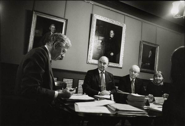 Board of Trustees Meeting, Dean Gallery (19 November 2001)