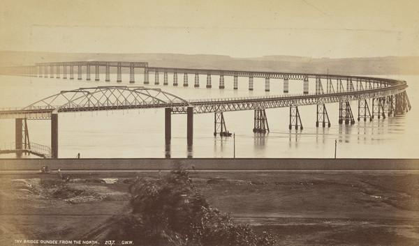 Tay Bridge, Dundee - from the North