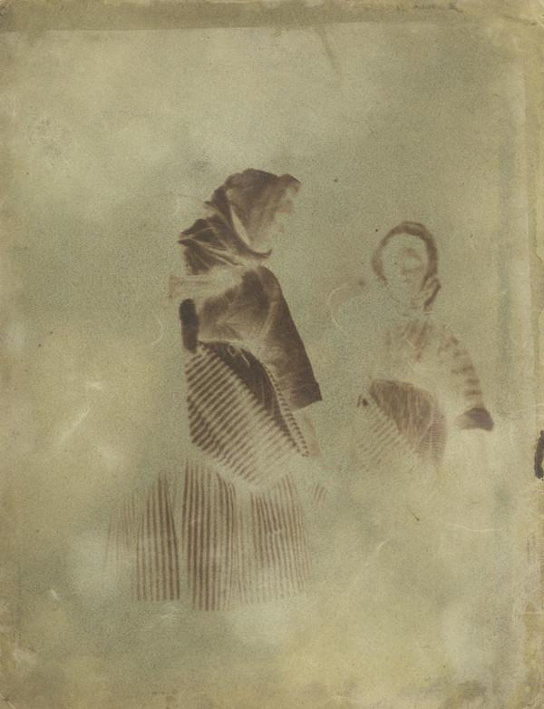 Jeannie Wilson and unknown woman [Newhaven] (1843 - 1847)