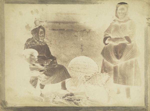 Unknown man and two women [Newhaven] (1843 - 1847)