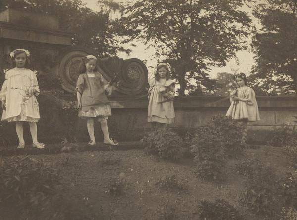Four young girls (one on right is Lady Hutchison)