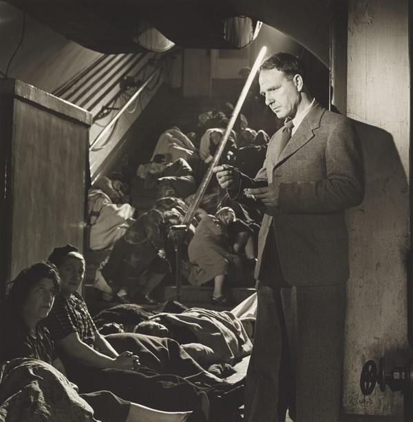 Henry Moore, London 1943