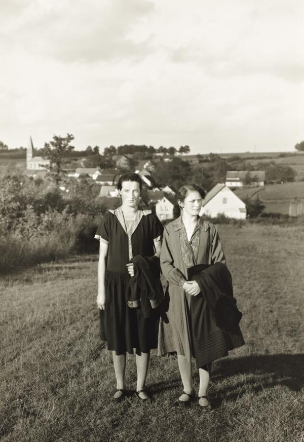 Farm Girls from the Westerwald, 1927 (1927)