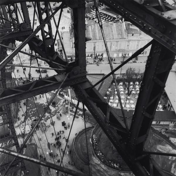 Ferris Wheel, Vienna (About 1931 (negative))